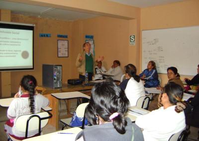 Ampliar y fortalecer las capacidades de las y los funcionarios municipales de Lurín, Lima Sur, Perú