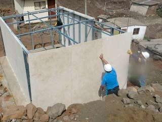 Gestión participativa de vivienda mínima para mujeres pobres en Villa María del Triunfo y Villa El Salvador